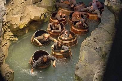 Hobbit Smaug Desolation Barrel Scene Escape Rolling