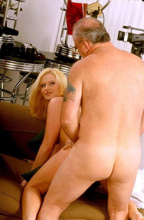 Very Nice Teen Blonde Girl And Fat Old Man Fuck Blonde