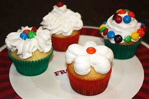Holiday Baking with Cake Boss and M&M's   Dessarts