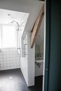 une salle d39eau sous combles astucieuse contemporain With salle de bain d architecte