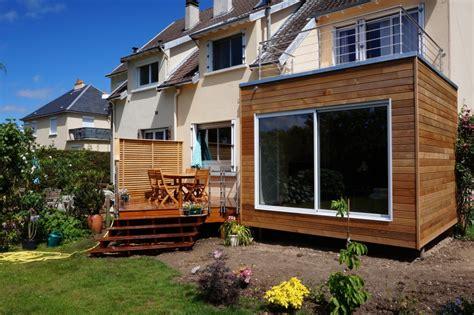 maison en bois habitable chalet en kit tmoin montage usine 102 maison bois hexagonale get