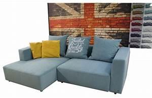 Kleine Couch Mit Schlaffunktion : kleine ecksofas ~ Frokenaadalensverden.com Haus und Dekorationen