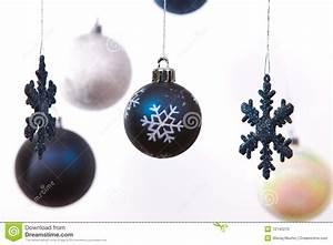 Weihnachtskugeln Weiß Silber : wei silber und blaue weihnachtskugeln stockfoto bild 12145270 ~ Sanjose-hotels-ca.com Haus und Dekorationen