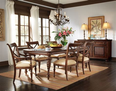 Colonial Dining Room Furniture by Image Result For Colonial Dining Room Decorating