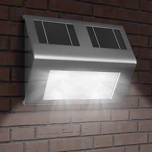 Luminaire Exterieur Solaire : applique murale solaire lot de 4 lumi re nergie solaire luminaire ext rieur ~ Teatrodelosmanantiales.com Idées de Décoration