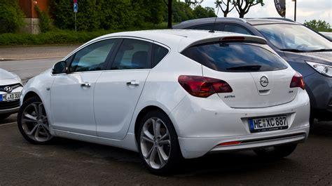 Opel Astra J by File Opel Astra 1 7 Cdti White Edition J Heckansicht