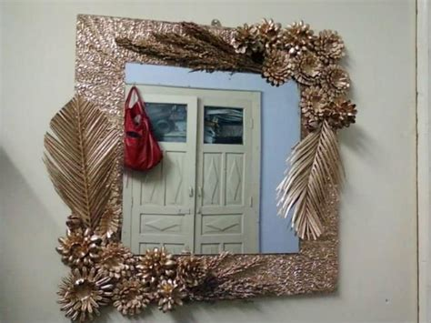 mirror   dry arrangement  art work