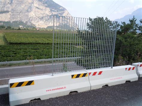 ringhiera in cemento recinzioni metalliche modulari dwg altezza recinzioni in