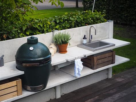 green egg outdoor kitchen 25 best ideas about big green egg large on 3982