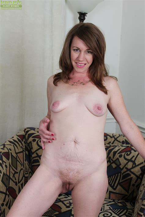 Aged Solo Model Joanie Bishop And Her Small Saggy Tits