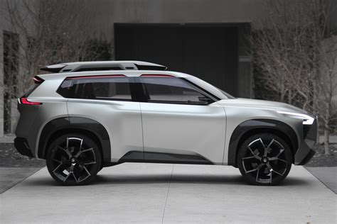 The Nissan Xmotion Concept Has More Screens Than Wheels