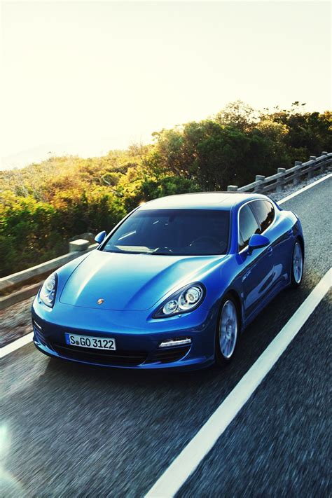iphone wallpapers pictures porsche panamera  hybrid