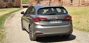 Consommation Fiat Tipo Essence : fiat tipo un peu moins bien beaucoup moins ch re ~ Maxctalentgroup.com Avis de Voitures