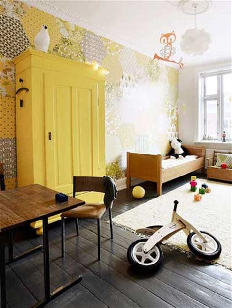 logiciel cuisine ikea eclatante couleur jaune dans une chambre enfant grise