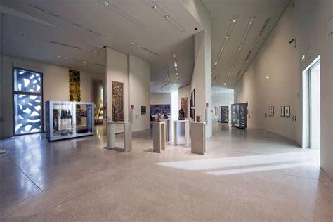 modern museum manuelle gautrand