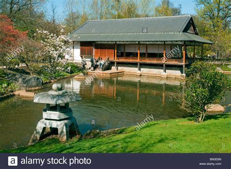 Japanischer Garten Hasselt Belgien by Japanisches Teehaus Und Traditionellen Garten Ornament