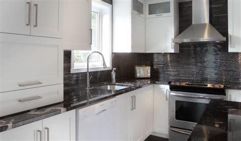armoire de cuisine polyester pro teint finish prémoulé