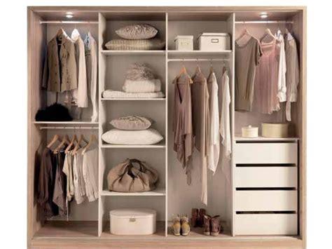 modele d armoire de chambre a coucher idée modele armoire de chambre a coucher