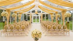 Why A Back Garden Wedding Is One Of The Hottest Trends For