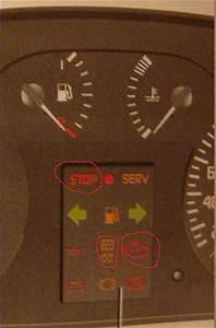 Signification Voyant Tableau De Bord Scenic : voyant stop et petit moteur allum e que faire renault scenic diesel auto evasion forum ~ Gottalentnigeria.com Avis de Voitures