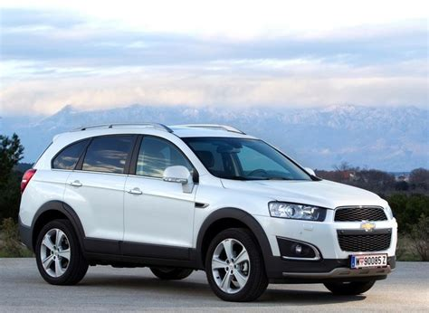 chevrolet captiva  reviews technical data prices
