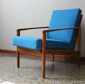 Fauteuil Bleu Scandinave : fauteuil design scandinave 60 39 s bleu inspiration vintage ~ Teatrodelosmanantiales.com Idées de Décoration