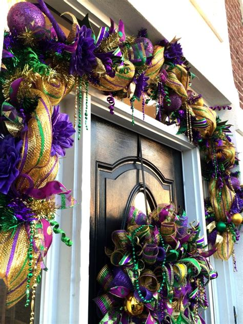 Mardi Gras Wooden Door Decorations by How To Make A Deco Mesh Mardi Gras Garland Teaching You