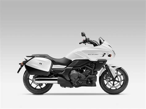 2014 Honda Ctx700 First Ride Photos