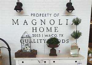 fixer upper furniture Archives - House of Hargrove