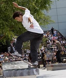 Nike SB (Skateboarding) | SneakerFiles