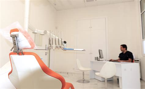 cabinet dentaire 12 the dental practice of dr richard garrel in avignon vaucluse which specializes in dental