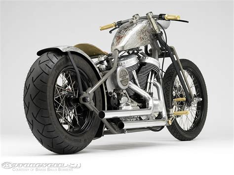 Bobber Motorcycle :  Free The Wheels