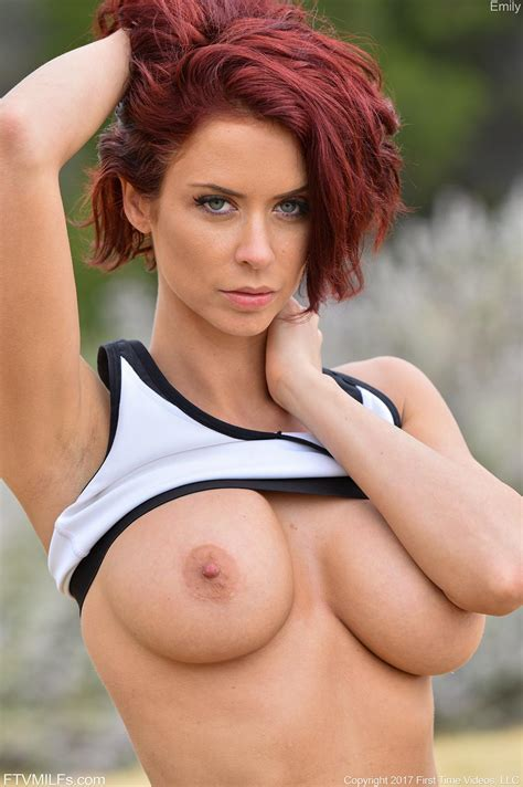 Busty MILF Emily Gets Naked For In Her Morning Workout