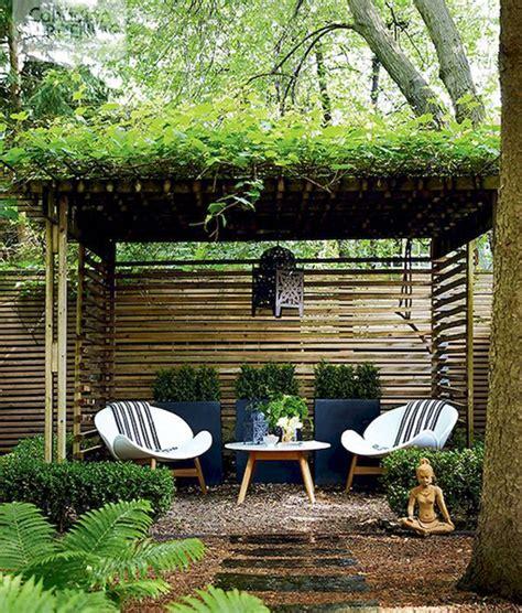 tiny courtyard garden  cozy seating home design  interior