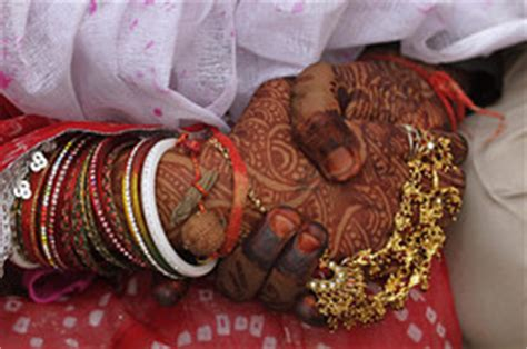 shaadicom surveys attitudes  marriage india real time