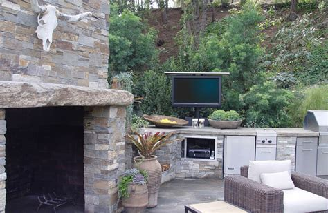 Outdoor Tv Lift Ideas For Active Families