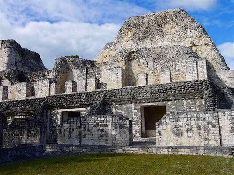 becan eine der schoensten maya staetten zum anfassen