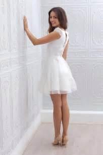 robes de mariã e courtes les 25 meilleures idées de la catégorie robes de mariée courtes sur robes de
