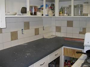 Alte Fliesen Streichen : alte k chenfliesen entfernen oder streichen lassen ~ Lizthompson.info Haus und Dekorationen