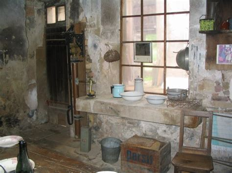 la cuisine d antan la cuisine d 39 antan avec confort très rudimentaire photos