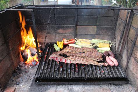 guide   argentine asado pick   fork