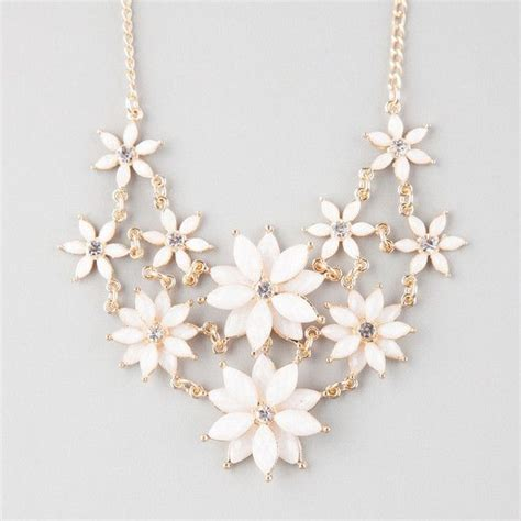 White Vintage Flower Necklace 25 best ideas about white necklace on summer