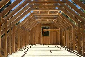 What Are The Main Differences Between Trusses And Rafters