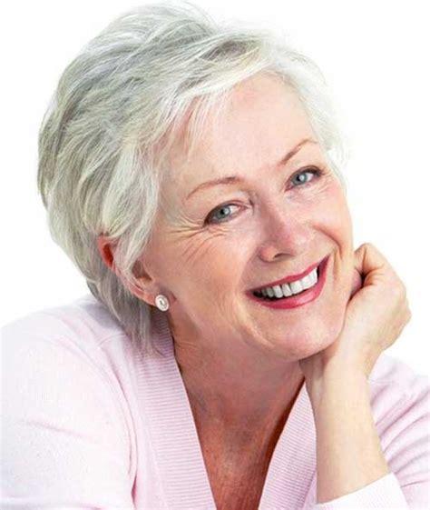 20 super short hair styles for older women short