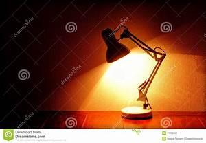 Lampe D Architecte : lampe d 39 architecte image stock image 17259851 ~ Teatrodelosmanantiales.com Idées de Décoration