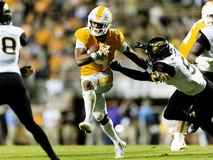 Should Tennessee Vols Running Back John Leave Early