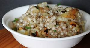 Sabudana Khichdi/Sago seeds Khichdi | Incidental Indian ...