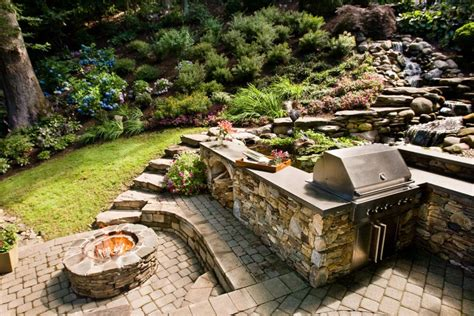 13 Fire Pits And Fireplaces In Outdoor Kitchens Hgtv
