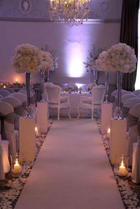 Amazing White Wedding Aisle Ideas With Opulent Displays