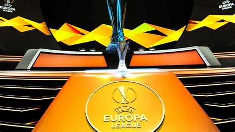 The europa league draw brought up a number of intriguing ties with lazio, galatasaray and marseille included in the same group. Europa League-loting: Ajax en AZ kennen mogelijke ...